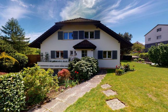 Thumbnail Villa for sale in Crissier, Switzerland