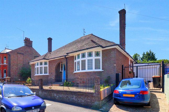 Thumbnail Detached bungalow for sale in Burr Street, Dunstable