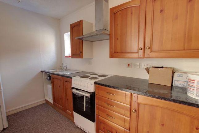 Thumbnail Flat to rent in Mortimer Street, Trowbridge