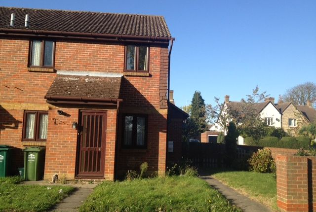 Thumbnail Terraced house to rent in Dutch Barn Close, Stanwell, Staines