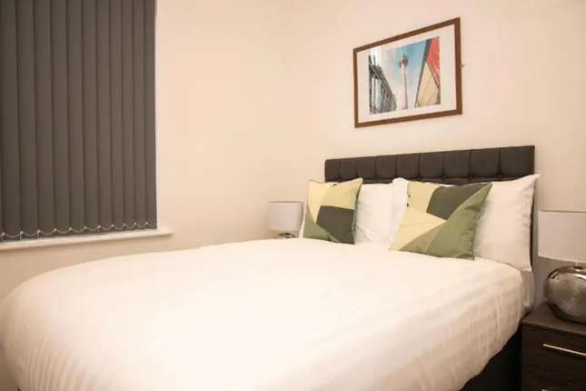 Thumbnail Flat to rent in Lord Street, Liverpool