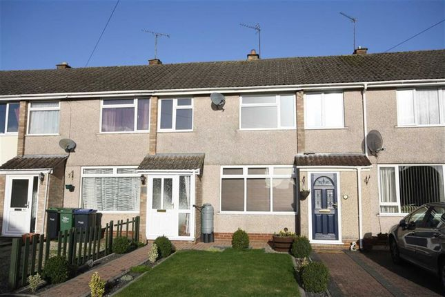 3 bed terraced house for sale in Stonelea Close, Chippenham, Wiltshire