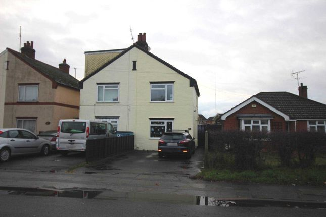 Thumbnail Semi-detached house to rent in Dugard Avenue, Colchester
