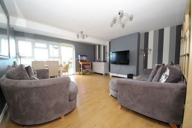 Thumbnail Flat for sale in Hyde Park Avenue, London