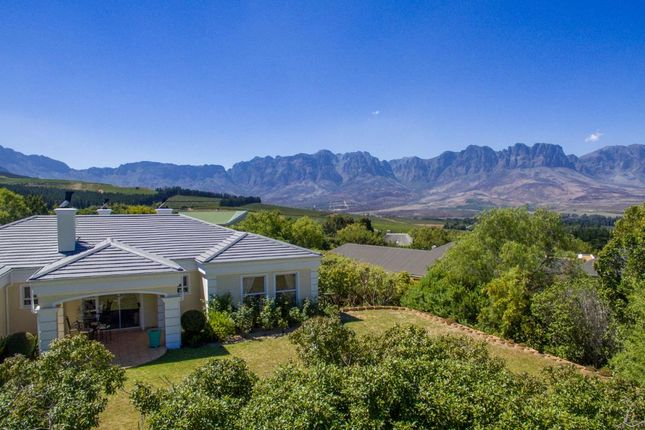 3 bed detached house for sale in 2 Osprey Ln, Erinvale Golf Estate, Cape Town, 7130, South Africa