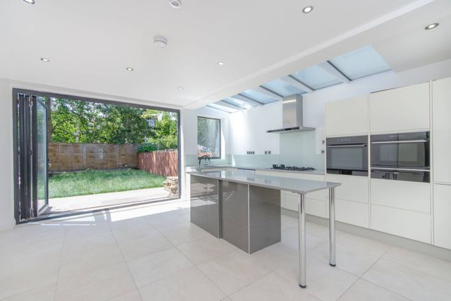 Thumbnail Property to rent in Talfourd Road, Peckham
