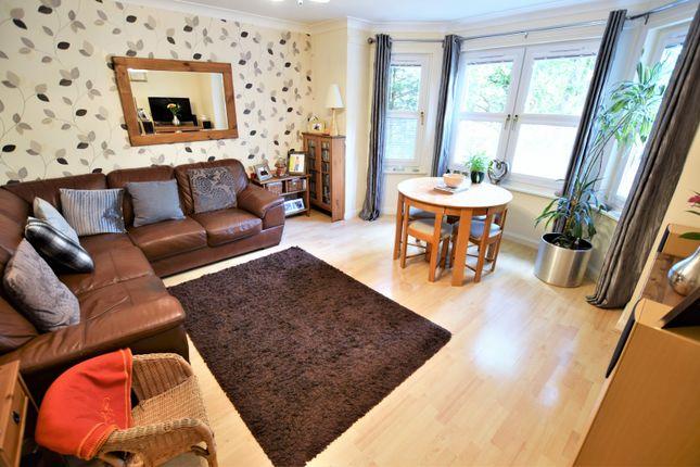 Thumbnail Flat for sale in Belhaven Terrace, Wishaw