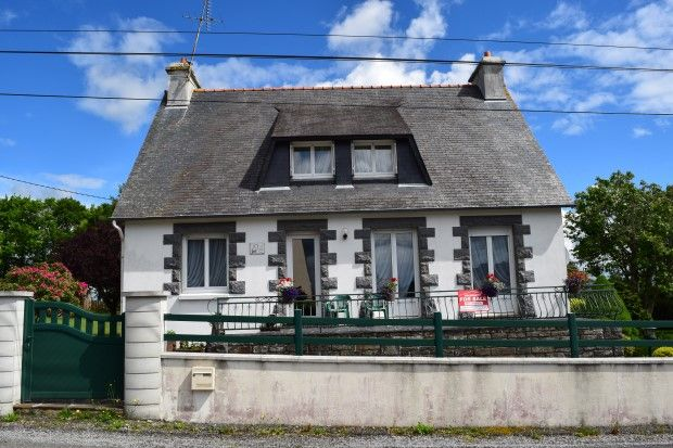 Thumbnail Detached house for sale in 22570 Gouarec, Côtes-D'armor, Brittany, France