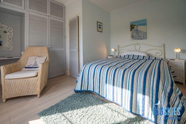 Blue Room of Heacham Road, Sedgeford PE36