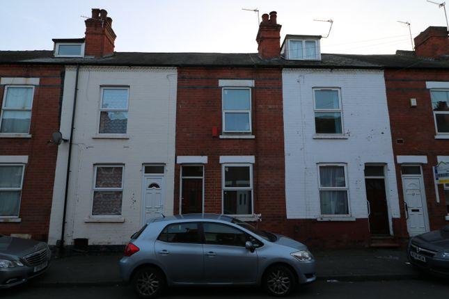 Thumbnail Terraced house for sale in Lyndhurst Road, Nottingham
