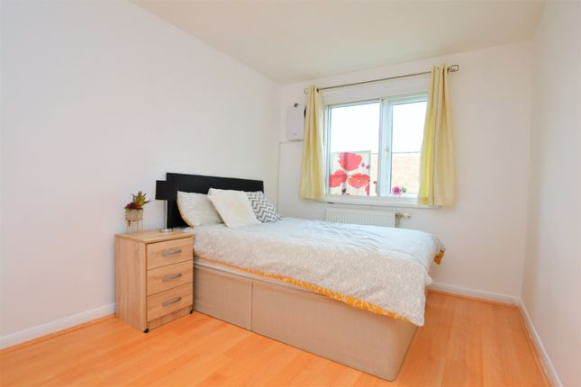 Thumbnail Room to rent in Star Road, Isleworth
