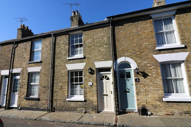 Thumbnail Cottage to rent in Cottage Row, Sandwich