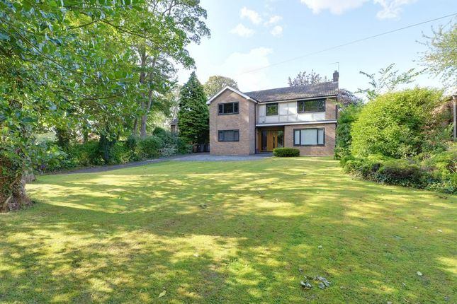 Thumbnail Detached house for sale in Melton Road, Melton, North Ferriby