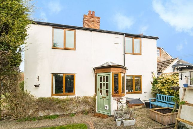 Thumbnail Semi-detached house for sale in Cemetery Road, Abingdon