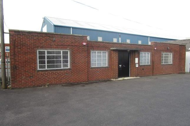 Thumbnail Office to let in Unit 21, Coneygre Industrial Estate, Birmingham New Road