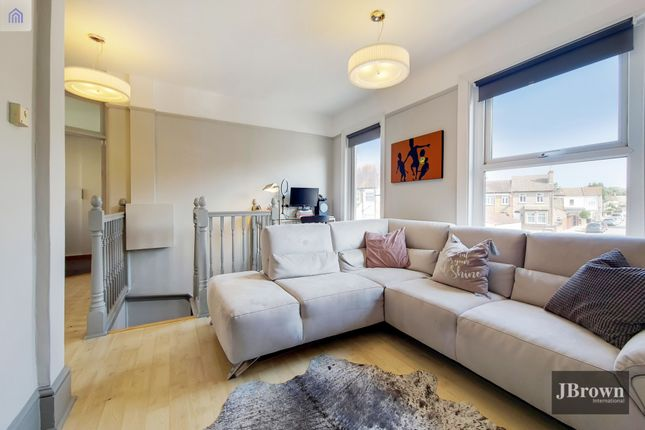 Thumbnail Flat to rent in Ingatestone Road, London