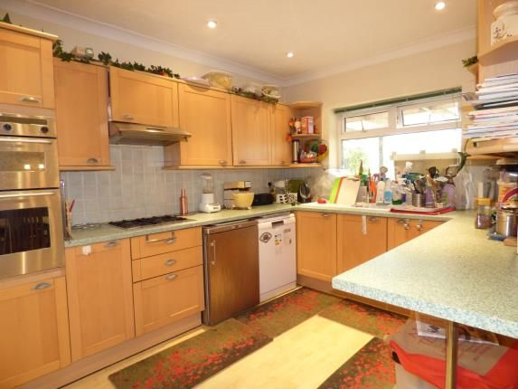 Thumbnail Bungalow for sale in Chestnut Avenue, Hornchurch