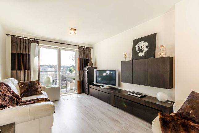 Thumbnail Flat to rent in Hawker Place, Walthamstow