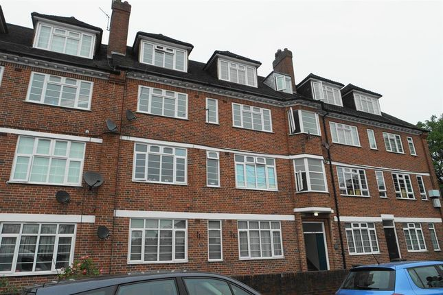 Thumbnail Flat for sale in Verdant Court, Catford, London
