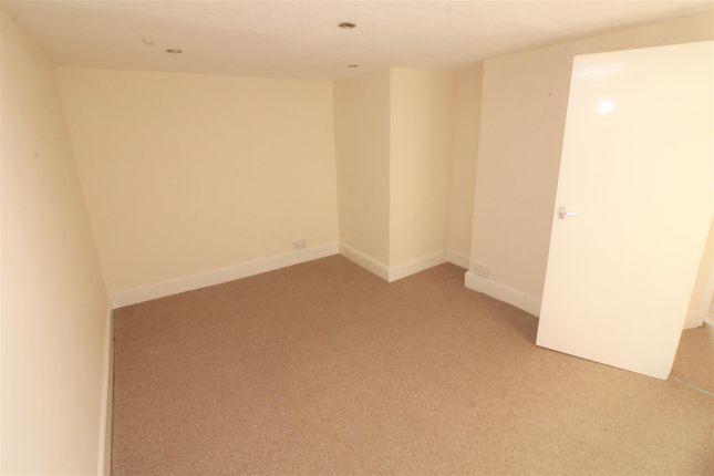 Top Flat Bedroom 2