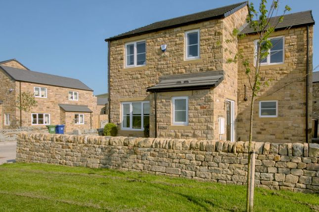 Thumbnail Detached house for sale in Hepworth Way, Skipton