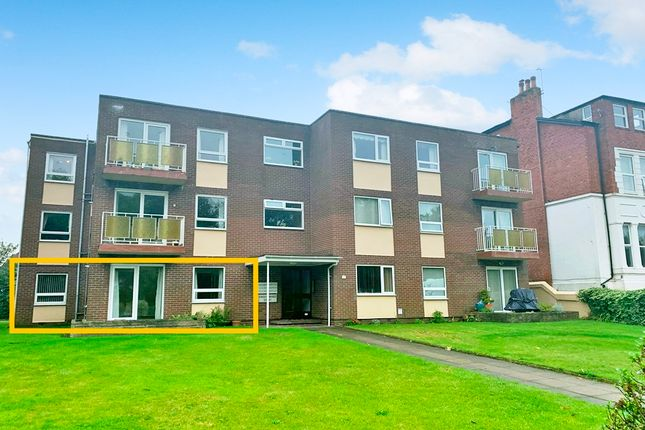 3 bed flat for sale in Park Crescent, Hesketh Park, Southport PR9