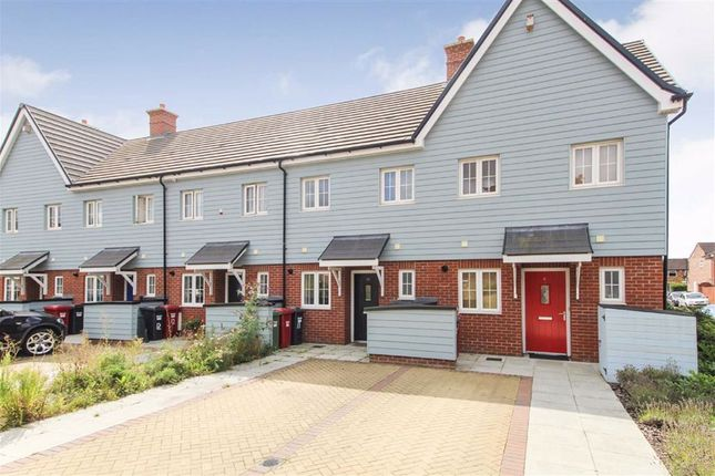 Thumbnail Terraced house for sale in Marunden Green, Slough, Berkshire