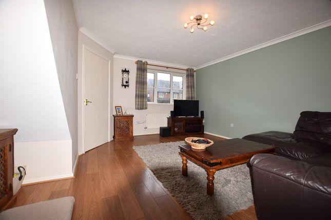Living Room of Marcheria Close, Bracknell, Berkshire RG12