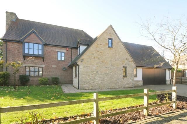 Thumbnail Detached house to rent in Chesterton, Oxfordshire