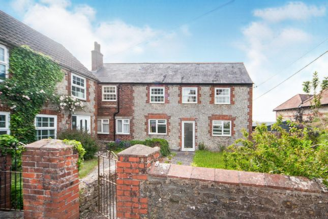 Thumbnail Flat to rent in Lane End, Corsley, Warminster