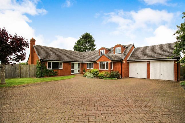 Thumbnail Detached bungalow for sale in The Applegarth, Long Buckby, Northampton
