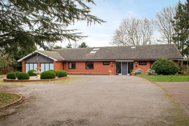 Thumbnail Bungalow for sale in Wide Lane, Hathern, Loughborough