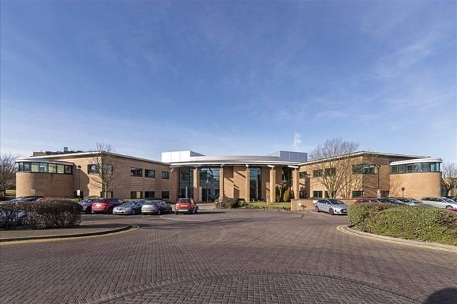 Serviced office to let in Admiral Way, Sunderland