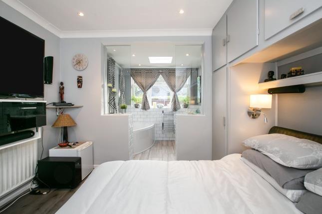 Bedroom 1 of St. Thomas's Road, Luton, Bedfordshire, . LU2