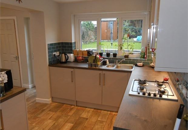 Thumbnail Terraced house to rent in Fleet Street, Sandfields, Swansea