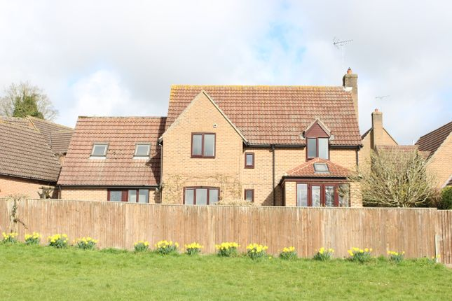 Thumbnail Detached house for sale in Whitelocks Piece, Chilton Foliat
