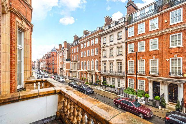 Balcony of Green Street, Mayfair, London W1K