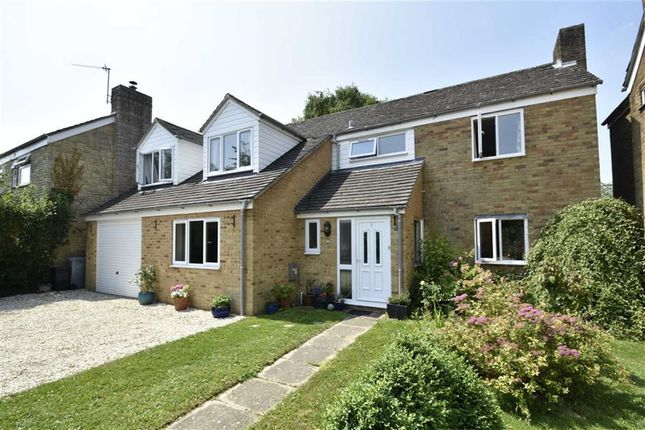 Thumbnail Detached house for sale in Glovers Close, Woodstock, Oxfordshire