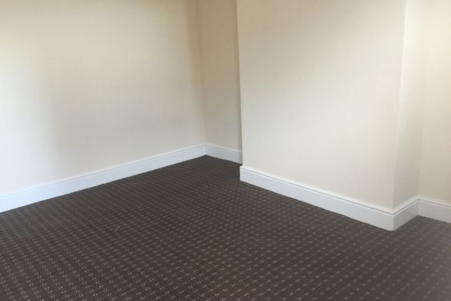2 bed terraced house to rent in Branch Road, Burnley