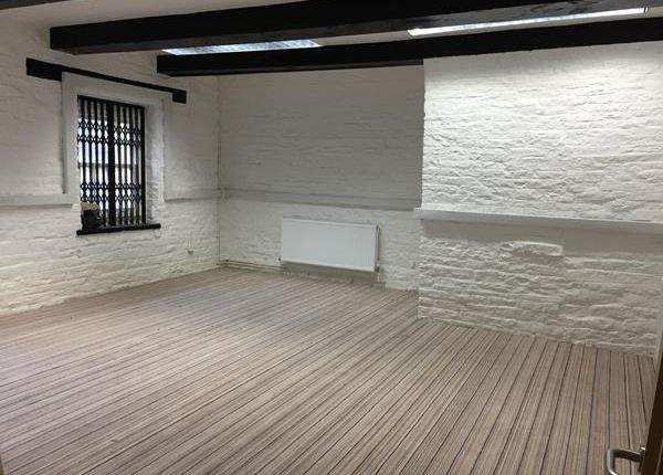 Photo 2 of Suite 3, The Warehouse, Gas Works Lane, Elland HX5