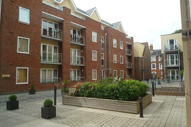 Thumbnail Flat to rent in Shippam Street, Chichester