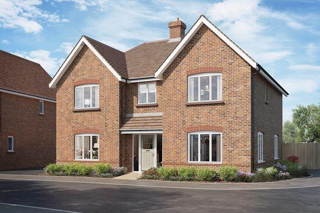 Thumbnail Detached house for sale in East Street, Billingshurst, West Sussex