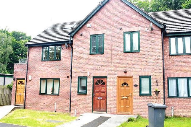 2 bed flat to rent in Tall Trees, Lancaster