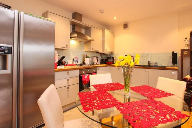Thumbnail Flat to rent in Amberley House, Severn Road, Canton