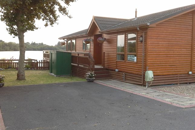 Mobile/park home for sale in Lakeland Drive, Lakeside Leisure Park (Ref 5502), Vinnetrow Road, Chichester, West Sussex