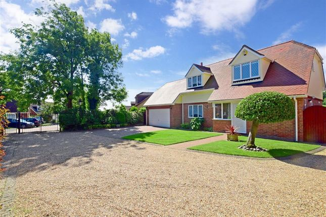 Thumbnail Detached house for sale in The Gardens, Doddinghurst, Brentwood, Essex