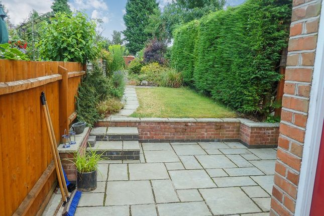Thumbnail Town house for sale in Keyham Close, Humberstone, Leicester