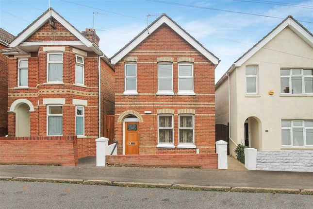 Thumbnail Detached house to rent in Lyell Road, Parkstone, Poole