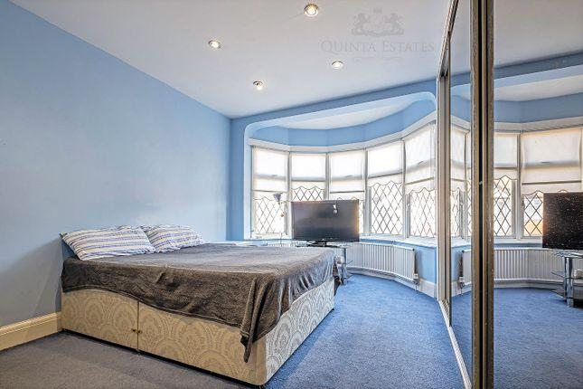 Bedroom of Grange Way Gardens, Ilford IG4