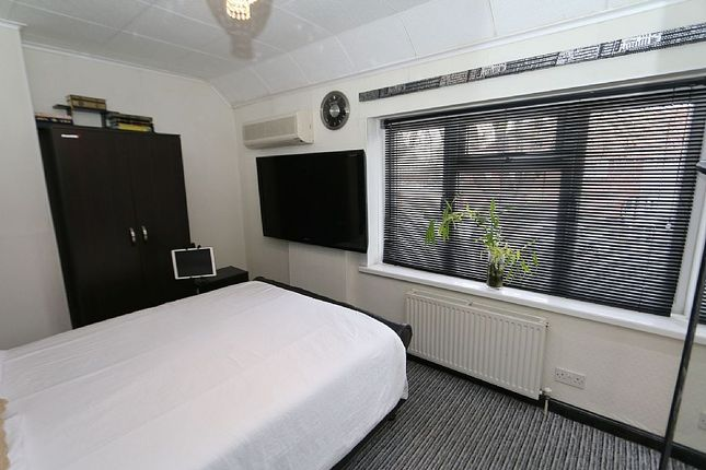 Bedroom 1 of Becontree Avenue, Romford, Essex RM8